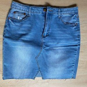 NWOT Valleygirl Denim Mini Skirt Size 10 Summer